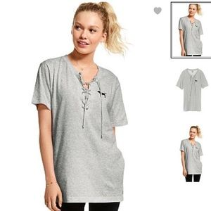VS PINK LACE UP HEATHER GRAY LACE UP CAMPUS TEE